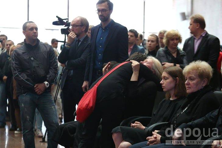 Як Україна прощалась з Павлом Шереметом (ФОТОРЕПОРТАЖ) - фото 11