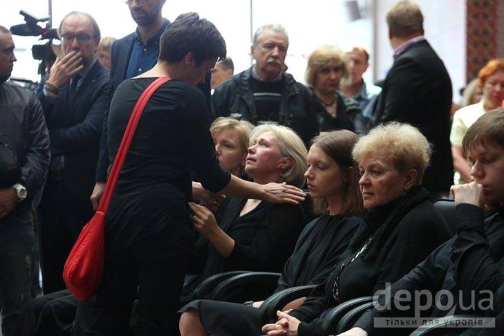 Як Україна прощалась з Павлом Шереметом (ФОТОРЕПОРТАЖ) - фото 10