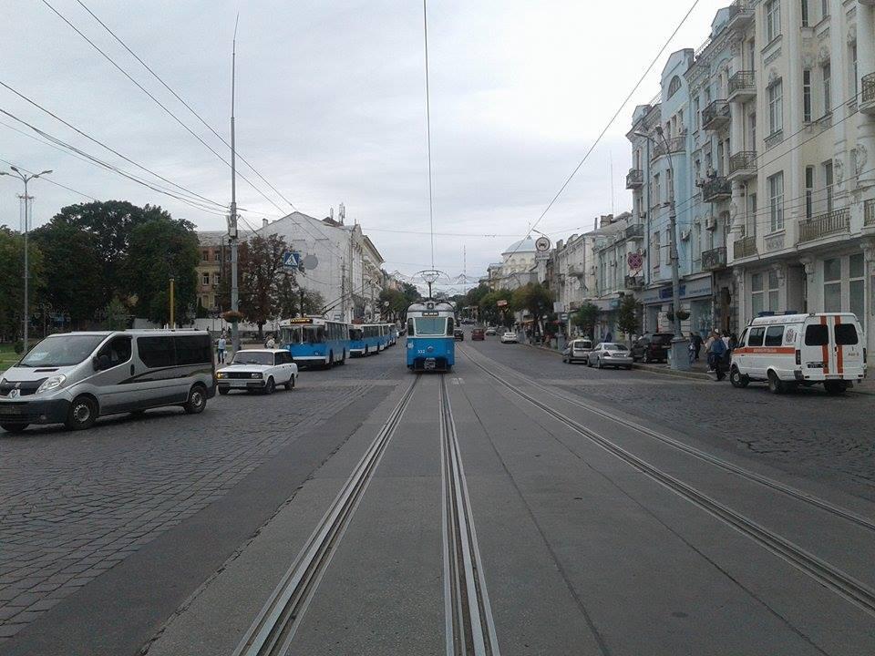 В готелі в центрі Вінниці шукають вибухівку - фото 3