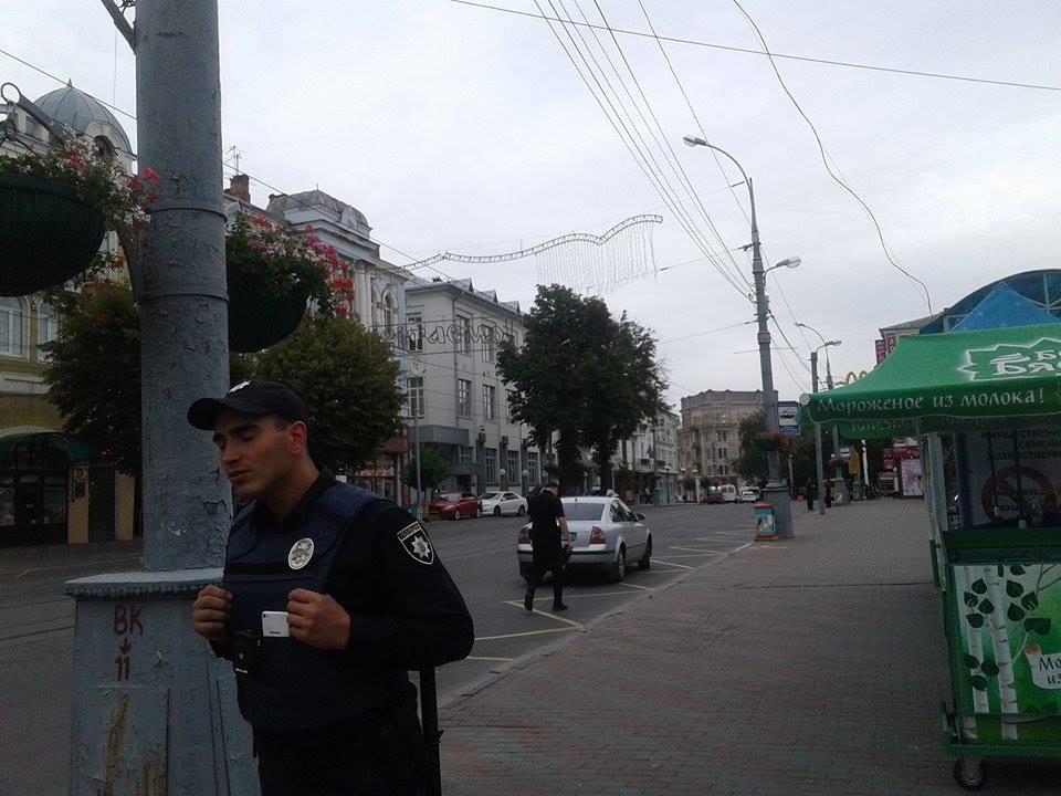 В готелі в центрі Вінниці шукають вибухівку - фото 2