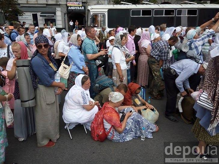 Гундяєвські ходоки в центрі Києва (ФОТОРЕПОРТАЖ) - фото 6