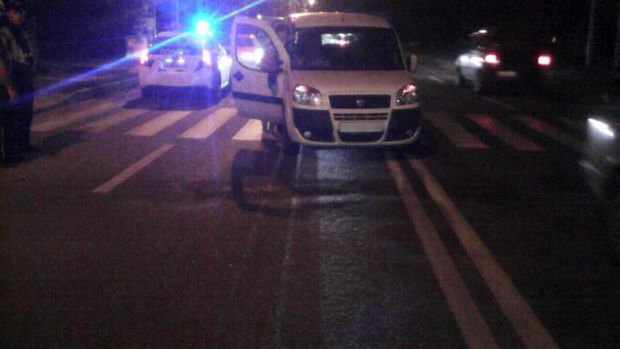 У Харкові водій збив на пішохідному переході двох дітей - фото 1
