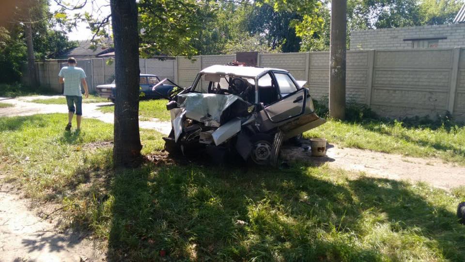 У Харкові п'яний водій вщент розбив автівку - фото 2
