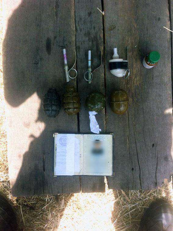 Харківські бійці затримали хлопця з чотирма гранатами - фото 1