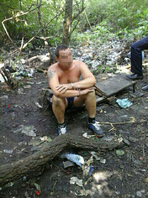 На Салтівці в лісосмузі варили наркотики з макового насіння - фото 1