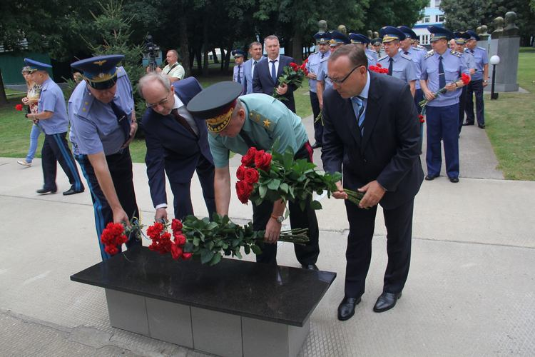Третина українських льотчиків вже має бойовий досвід в АТО, - Муженко - фото 3