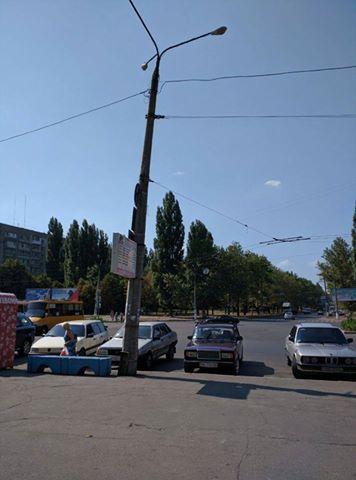 У Миколаєві збираються освітити площу біля залізничного вокзалу