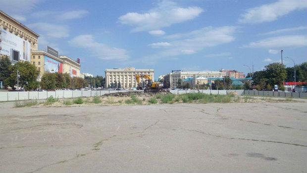 Кернес почав зачищати місце улюбленого Леніна з порушенням закону - фото 2