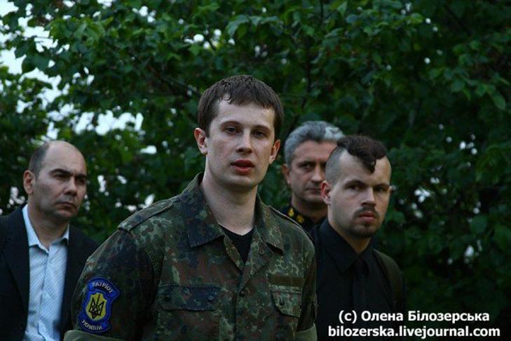 Чи поховає Білецький з «Азовом» Веймарську Україну? - фото 1