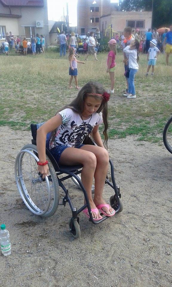 """Вінничан на """"Інклюзивному марафоні"""" навчали допомагати  людям з інвалідністю  - фото 3"""