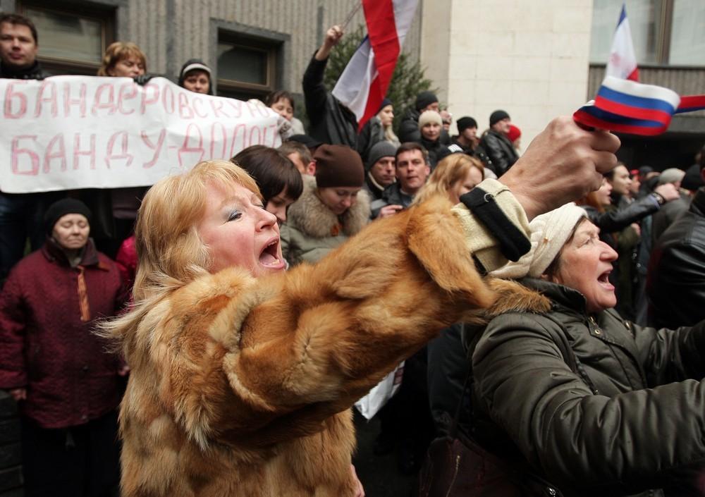 Хроніки окупації Криму: мітинг 26 лютого - фото 6