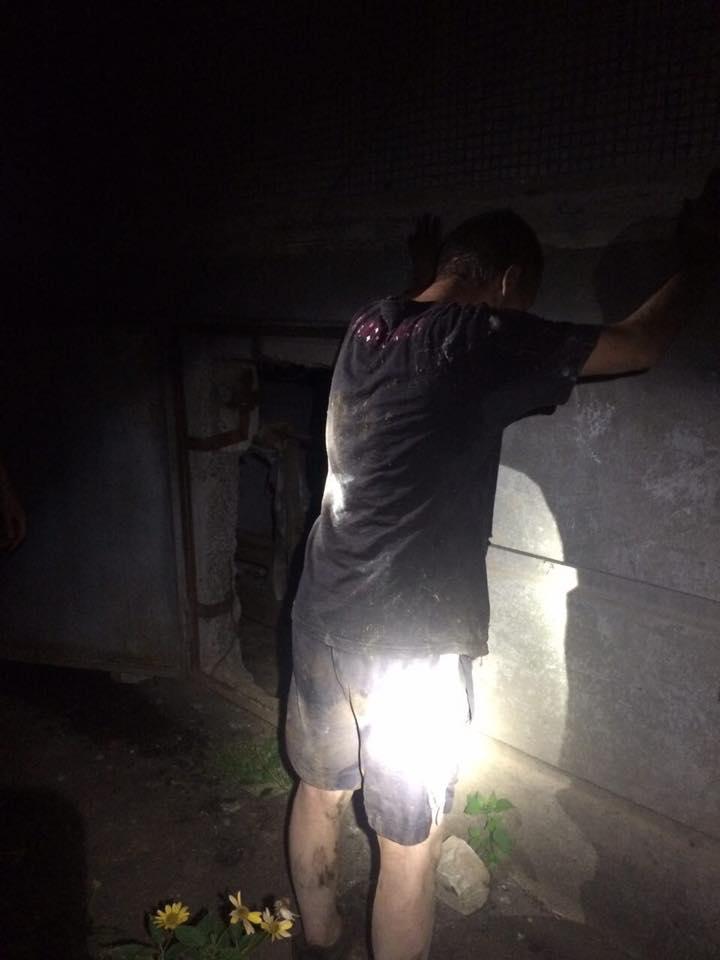 У харківському підвалі копи зловили викрадача кабелю  - фото 1