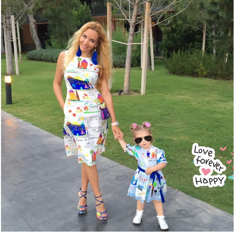 Екс-дружина Пономарьова вперше показала доньку - фото 1
