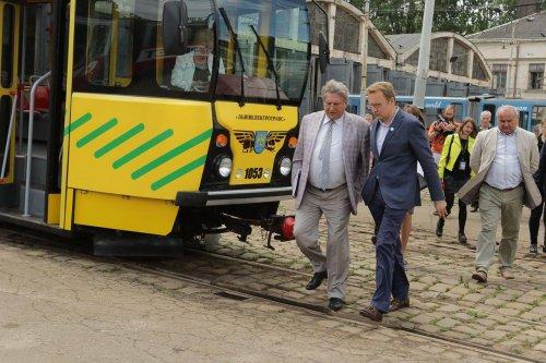 Львівські копи оштрафували водія Садового - фото 1