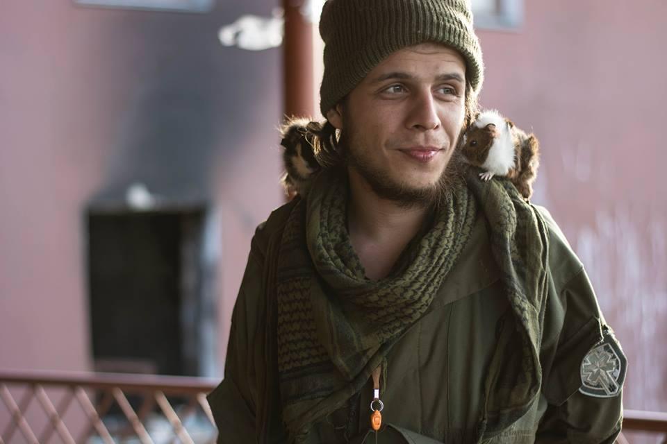 Краса рятує Україну: ТОП-10 красенів-бійців АТО - фото 11