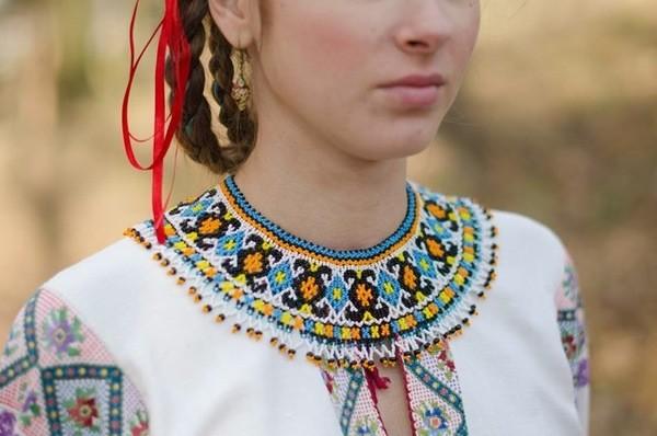 Які комірці з бісеру носили лемківські жінки - фото 9