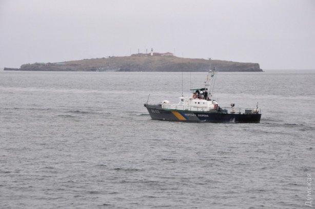 Україна посилила оборону острова Зміїний - фото 1