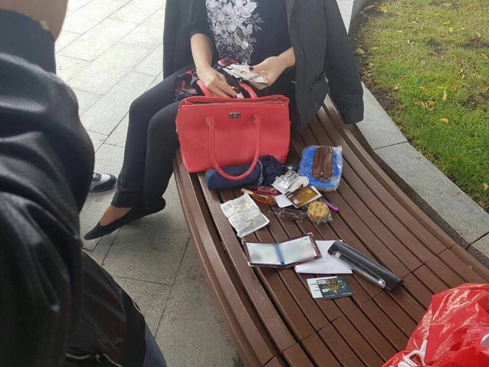 У Харкові на хабарі затримали співробітницю ДСНС  - фото 1