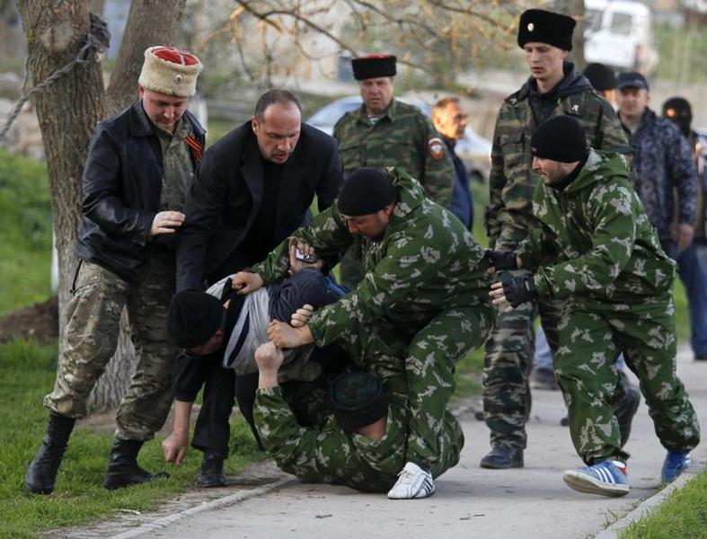 Хроніки окупації Криму: вбивство українського військового та похорон закатованого активіста - фото 11