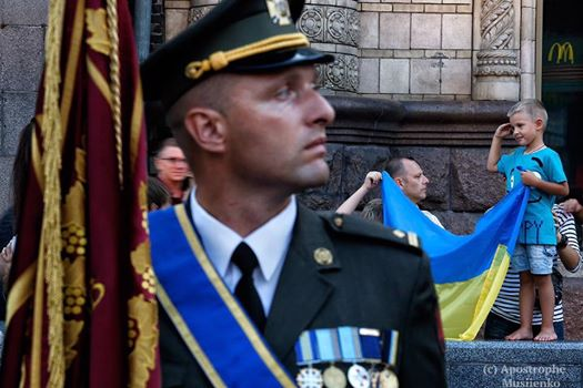 Як маленький патріот з українським прапором вразив соцмережі - фото 1