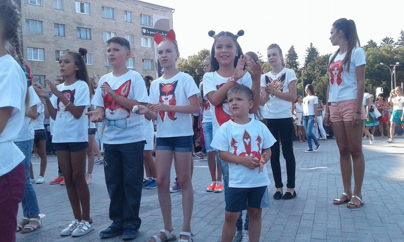 Маленькі вінниччини встановирли модний рекорд України - фото 1