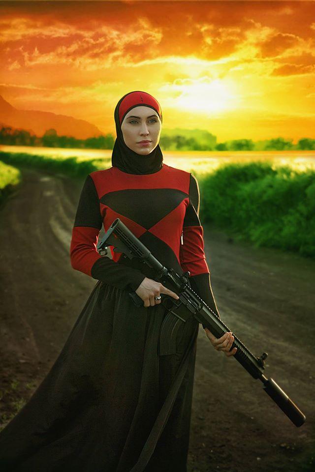 Романтичний захід сонця та зброя: Чеченська снайперка АТО постала у новому образі - фото 1