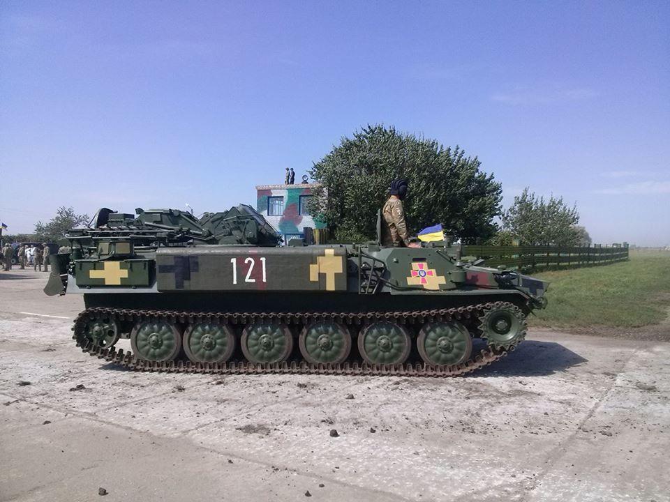 Як Порошенко боєздатність армії піднімав  - фото 6