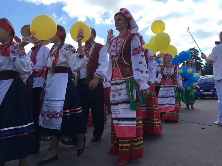Хмельницьким крокує марш-парад оркестрів - фото 8