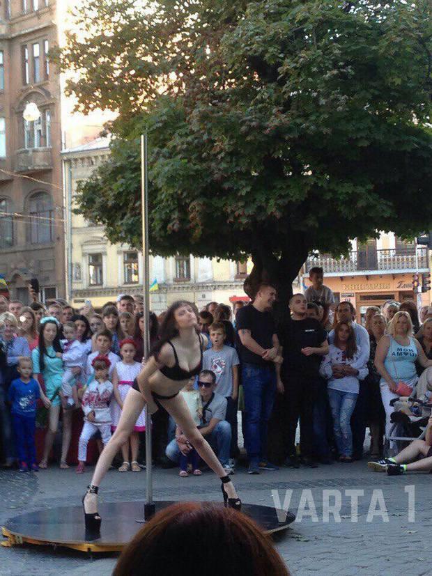 Як харків'янки намагались перетворити Львів на бордель (ФОТО) - фото 1
