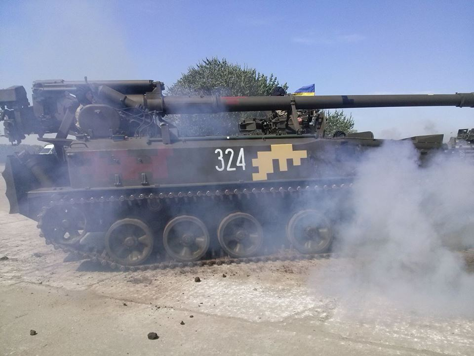 Як Порошенко боєздатність армії піднімав  - фото 2