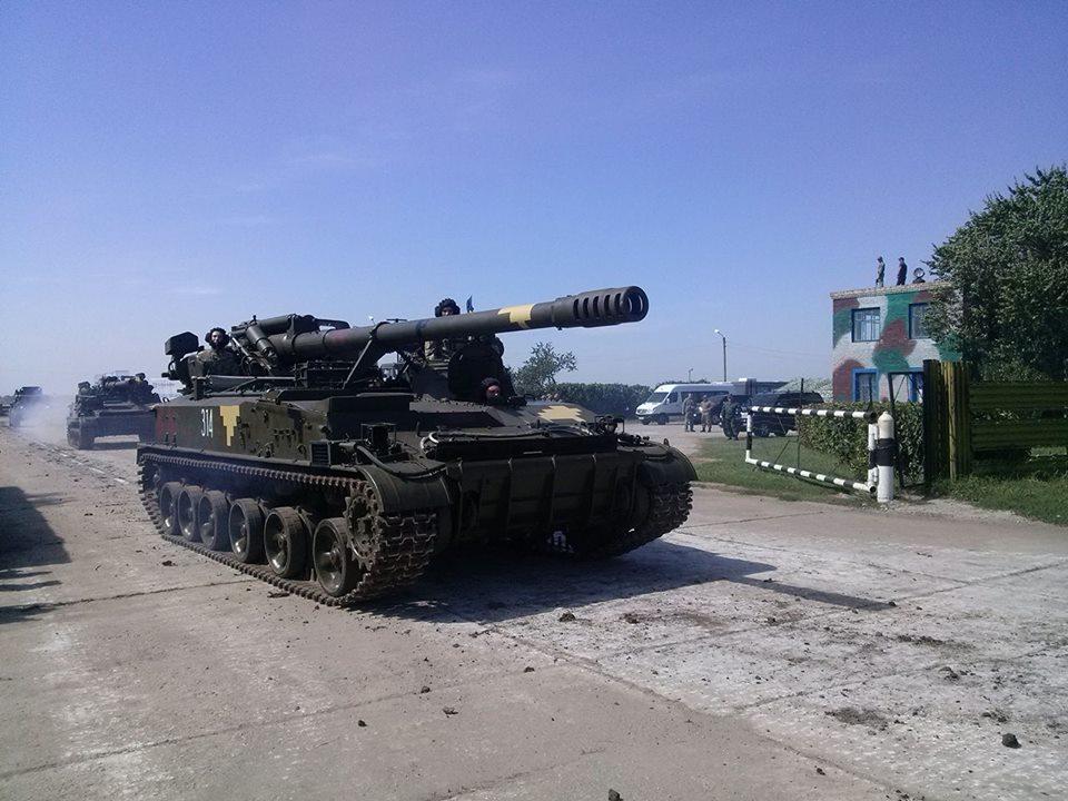 Як Порошенко боєздатність армії піднімав  - фото 1