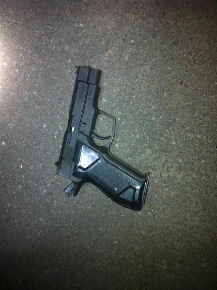У Харкові п'яний чоловік влаштував стрілянину - фото 2