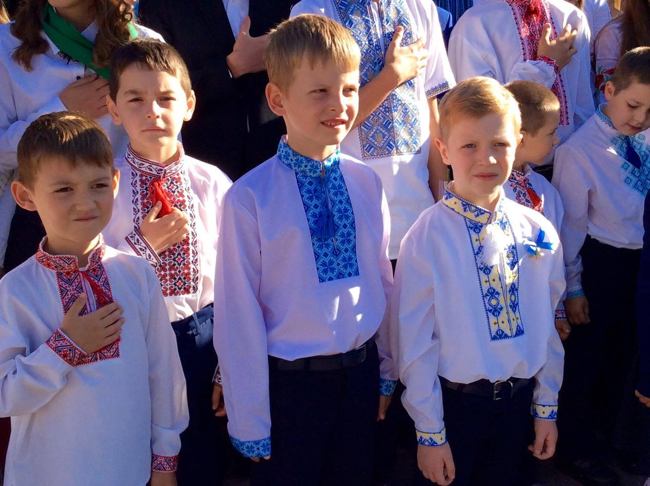 Хмельницький НВК№10 на Першовересень заполонили поліцейські - фото 1