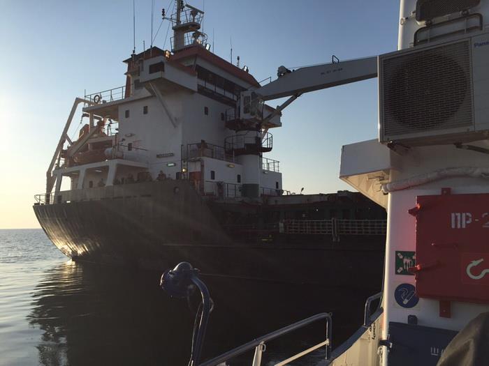 СБУ визволяло турецьке судно з миколаївським вантажем, яке силою захопили моряки - фото 2