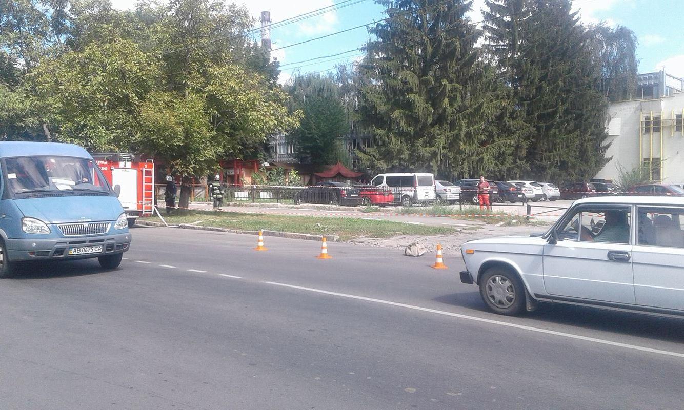 У Вінниці вибухотехніки перекрили вул. 600-річчя через підозрілу сумку - фото 4