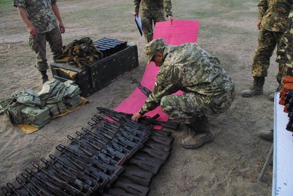 Під Харковом зібрали армійський резерв для військових навчань  - фото 5