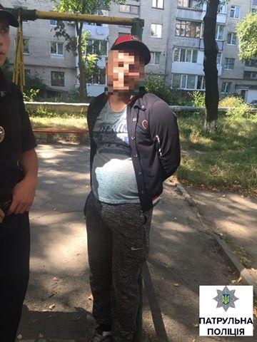 У Вінниці спіймали злочинця, який викрав у Харкові елітну автіку - фото 2