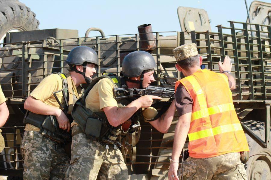 На Миколаївщині резервісти розпочали інтенсивні бойові навчання з бійцями 79-ки - фото 2
