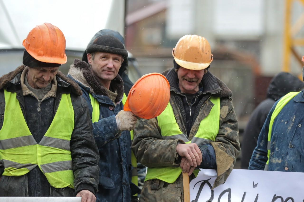 Столичні будівельники блокують забудови у знак протесту  - фото 2