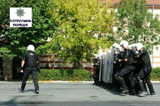 Миколаївських патрульних навчатиме інструктор, що стажувався в Туреччині - фото 2