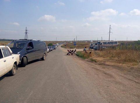 Напункте пропуска вМарьинке— очередь из500 авто