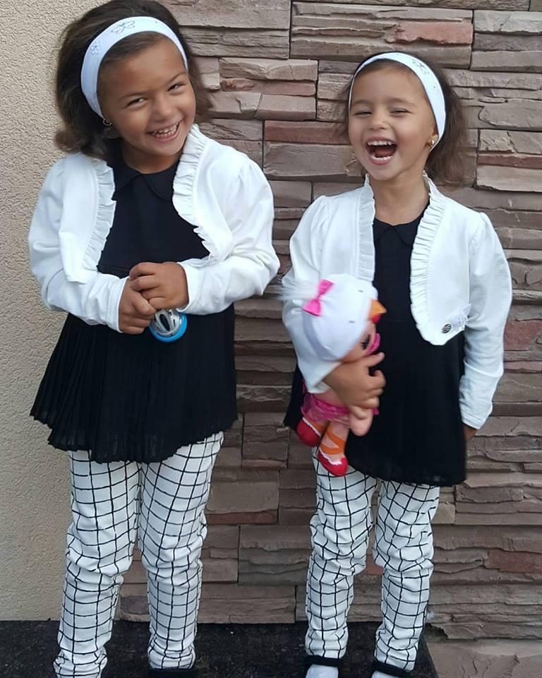 Камалія похизувалася засмаглими близнючками - фото 1