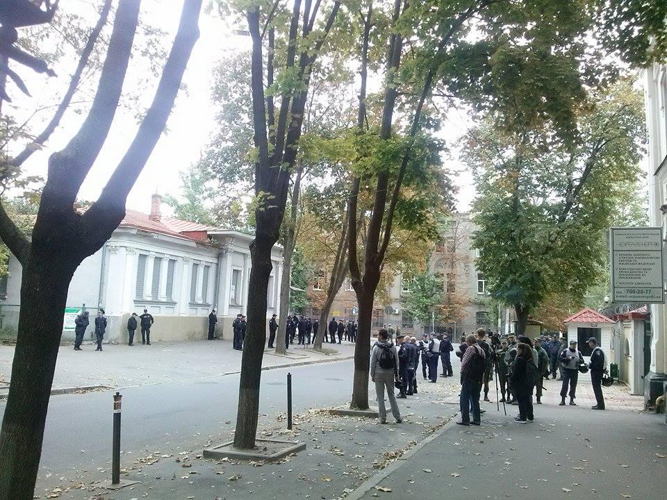 Слава Україні! – Ви хам!: у Харкові вибори до Держдуми РФ - фото 2