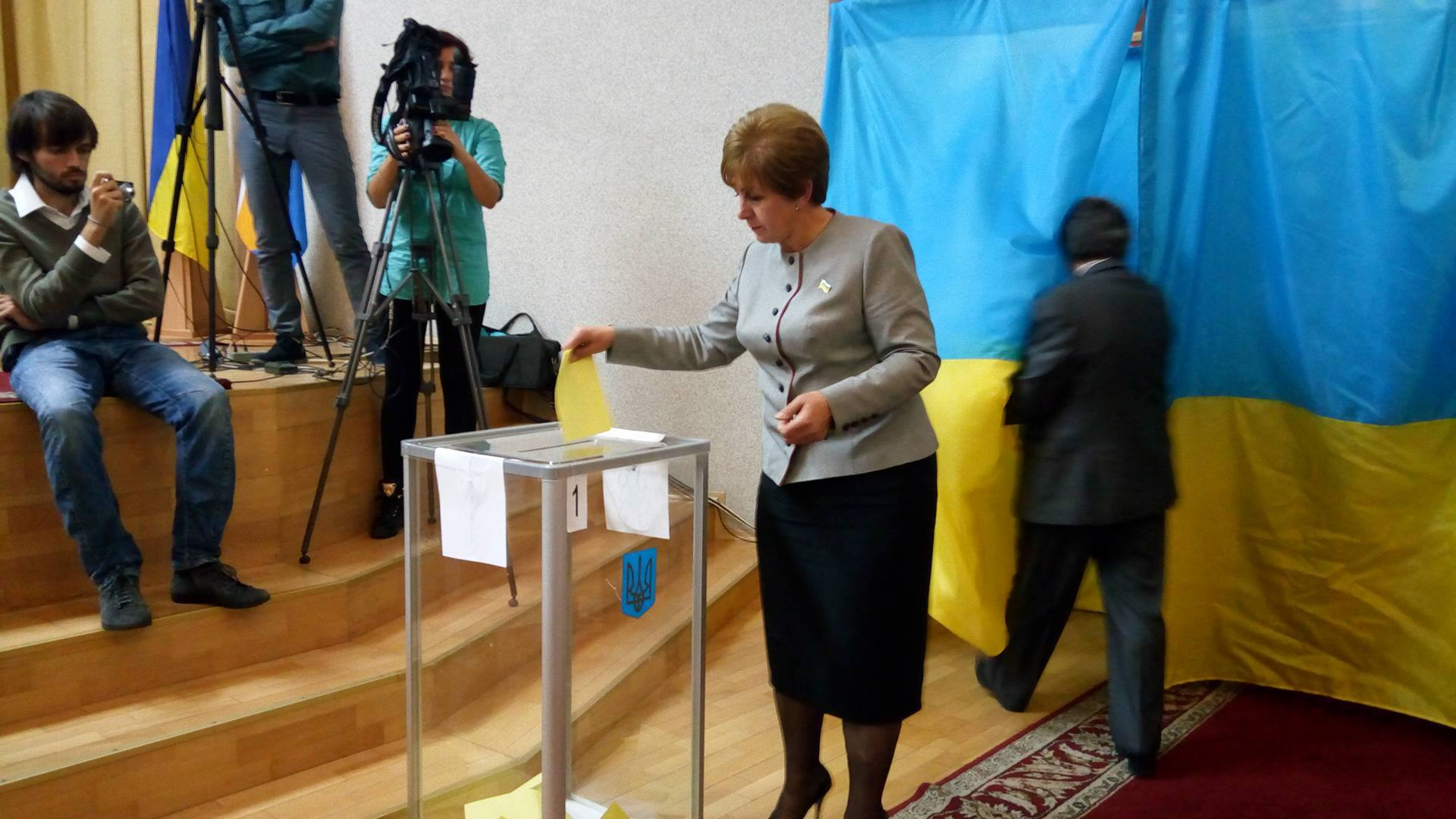 Зміна влади: Соколова зняли з посади заступника голови Миколаївської облради - фото 4