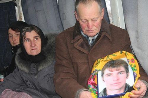"""""""За харчі були б вдячні"""": вдова бійця, що загинув після звірячих катувань, залишивши 6 дітей, потребує допомоги - фото 2"""