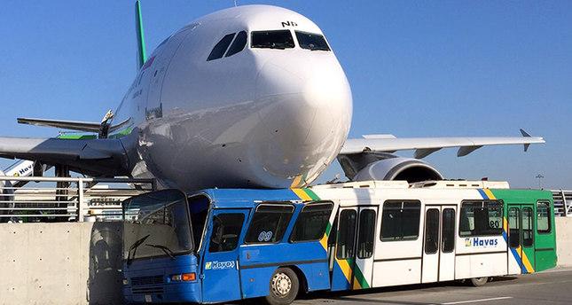 Іранський літак при посадці врізався вбетонну огорожу ваеропорту Стамбула