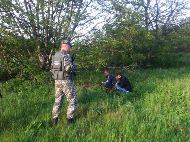 Прикордонники затримали двох подолян, які знімали кордон з квадрокоптера - фото 1