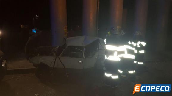 Авто посольства Азербайджану потрапило в ДТП у Києві - фото 2