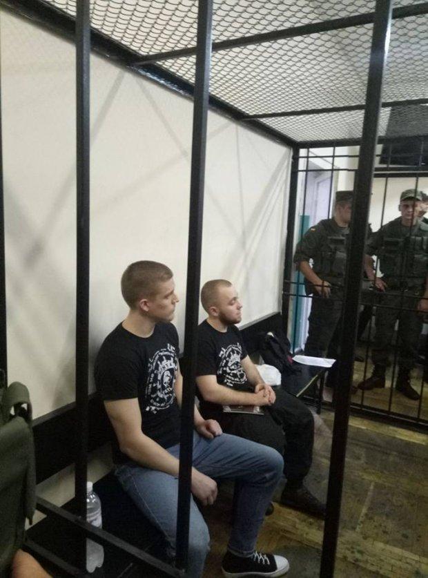 У київському суді почалися сутички  - фото 3