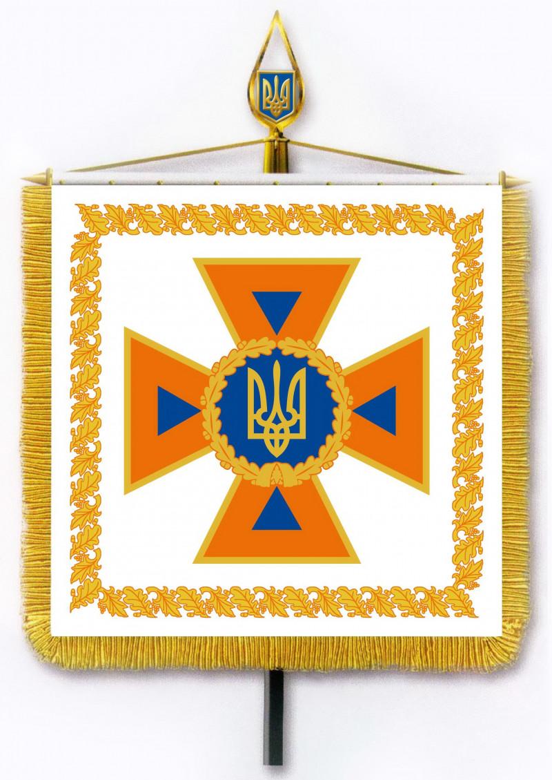 Порошенко повідомив, що в українських рятувальників буде нова символіка (ФОТО) - фото 1